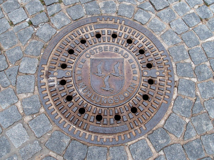 Manhole cover in Kühlungsborn, Germany
