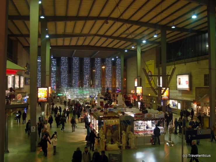 Christmas decoration at Munich Central Station