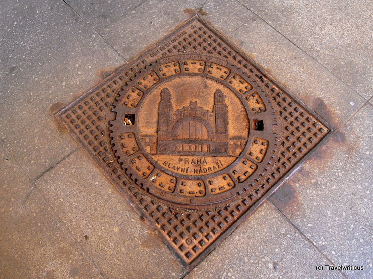 Manhole cover at Prague main railway station