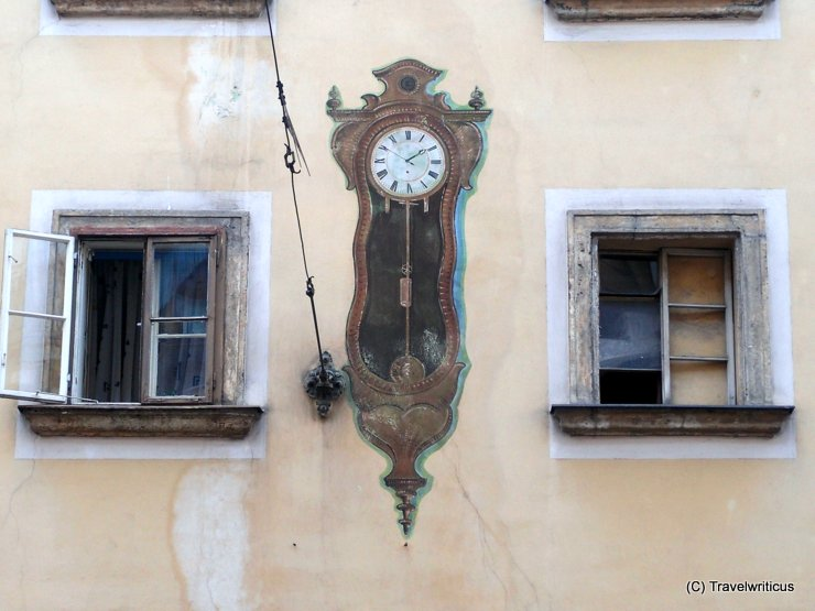 Pendulum clock as mural in Vienna, Austria