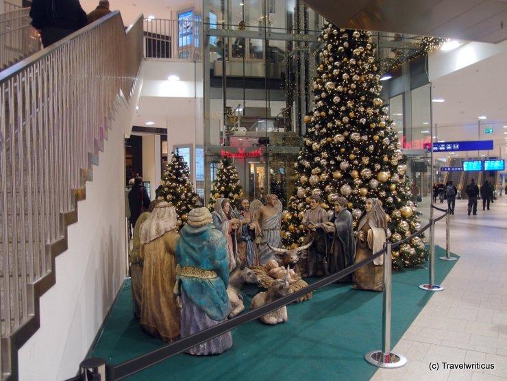 Christmas crib at Wien Westbahnhof
